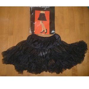 Wom Ruffled Pettiskirt Petticoat Under Skirt LARGE
